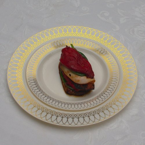 10.25in. Gold Ovals Design Premium Plastic Wedding Plates (40 Pack) China-Like