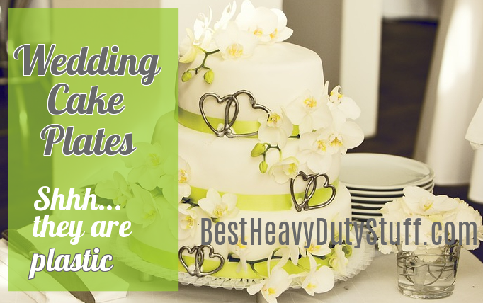 Best Heavy Duty Plastic Plates for Weddings