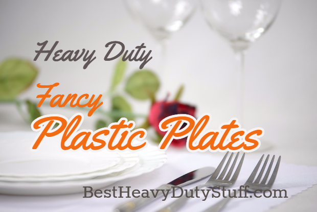 Elegant plastic wedding plates